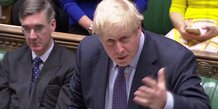Brexit: johnson defend son accord avant un vote incertain des deputes