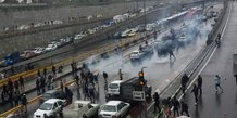 Iran: manifestations contre la hausse du prix de l'essence