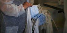 Coronavirus: l'armee francaise fournit cinq millions de masques, dit parly
