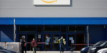 Amazon prolonge jusqu'a mardi la fermeture de ses entrepots en france
