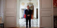 Coronavirus : Emmanuel Macron au palais de l'Élysée, après avoir assisté à une visioconférence internationale sur la vaccination