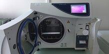 Un stérilisateur de matériel médical, conçu par STEAM France (Montpellier)