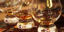 Londres dit viser la fin des tarifs douaniers us sur le whisky