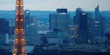 Paris detaille son plan de 100 milliards d'euros et espere relancer l'economie