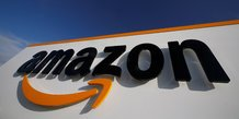 Amazon va recruter massivement devant le bond des commandes en ligne
