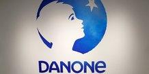 Danone lance une revue de ses activites, le troisieme trimestre penalise par la pandemie