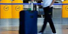 Lufthansa prevoit de nouvelles charges de restructuration au 4e trimestre