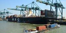 Trafic fluvial port du Havre