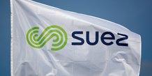 Suez veut que bruxelles empeche veolia de voter lors de son ag