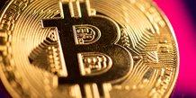 Le bitcoin, or numerique, a sa place dans les portefeuilles