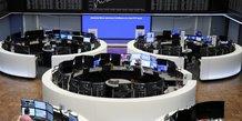Les bourses europeennes terminent en hausse
