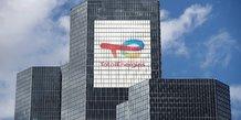 Totalenergies promet des rachats d'actions apres un bond au t2