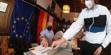 Allemagne: resultats serres entre la cdu/csu et le spd, selon un sondage