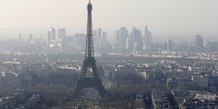 Vue générale de la Ville de Paris avec la Tour Eiffel au centre