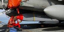 Premiers tirs de missiles de croisiere scalp francais contre l'ei