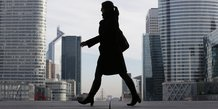 Business woman femme d'affaire La Défense