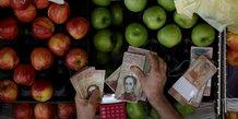Le Venezuala retire de la circulation les billets de 100 bolivars (inflation, démonétisation, maduro)