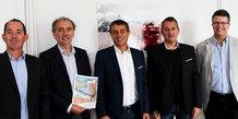 Signature de la vente d'un terrain, le 19 octobre 2017, pour l'installation de Décathlon à Villeneuve-lès-Béziers (34)