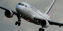 Nouvelle greve lundi a air france, pres de 85% des vols assures